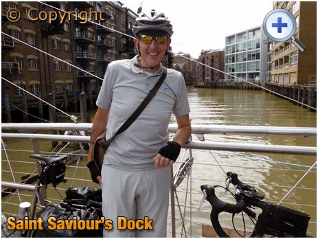 London : St. Saviour's Dock