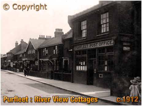Purfleet : River View Cottages with Post Offices [c.1912]