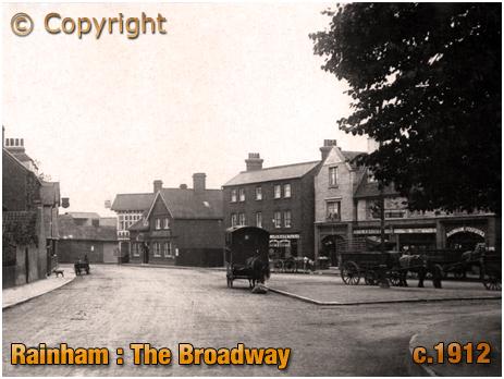Rainham : The Broadway and Triangle [c.1912]