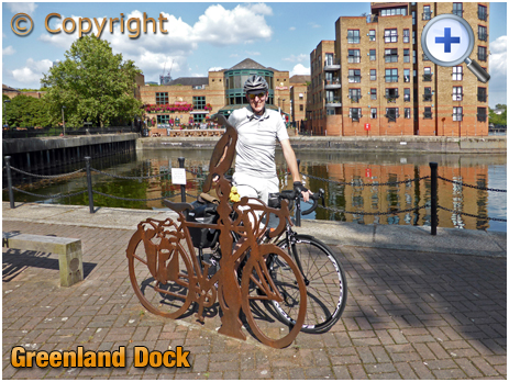 London : Cycling Memorial to Barry Mason at Greenland Dock in Rotherhithe