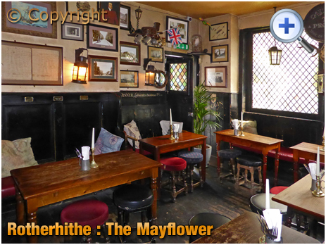 London : Interior of The Mayflower at Rotherhithe