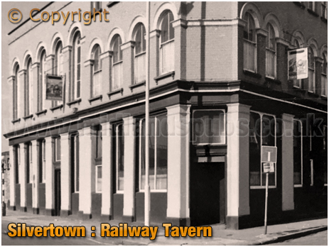 Silvertown : Railway Tavern