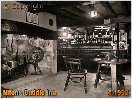 Niton Undercliff : Interior of the Buddle Inn [c.1952]