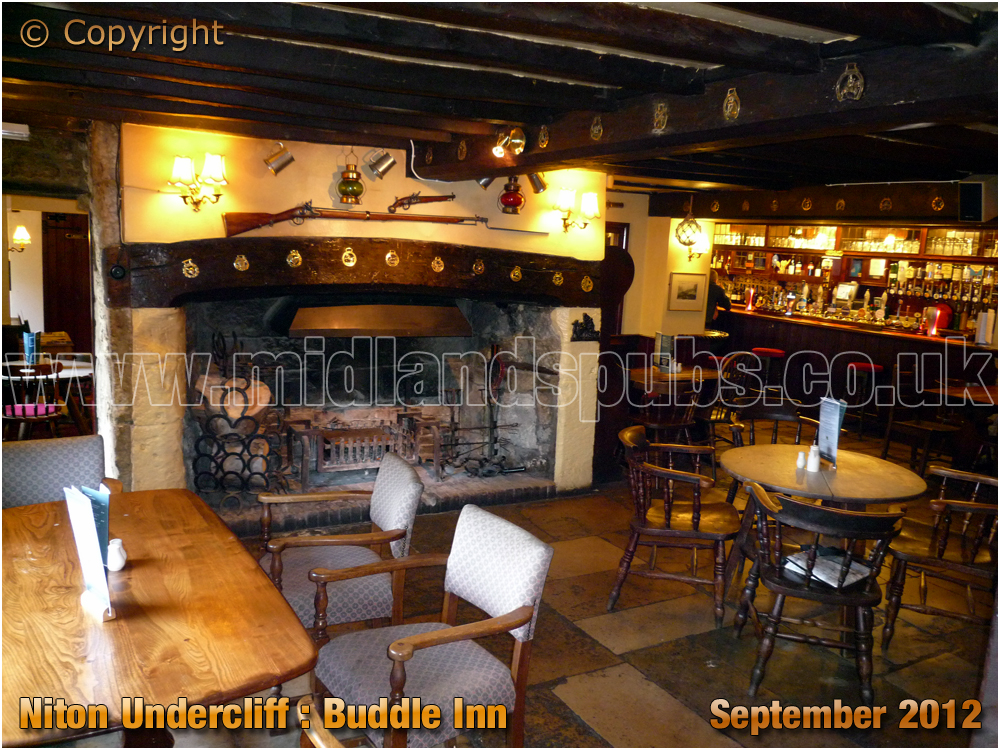 Niton Undercliff : Interior of the Buddle Inn [2012]