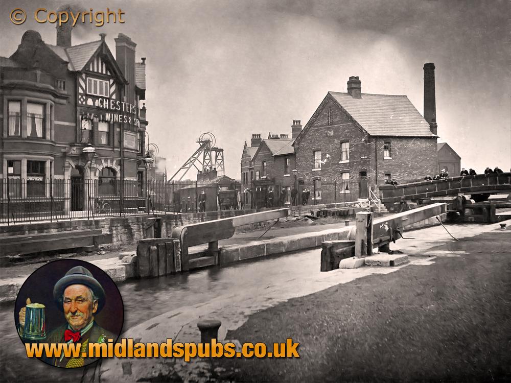 Lancashire : Plank Lane Locks and Colliery with Britannia Hotel at Bickershaw [c.1911]