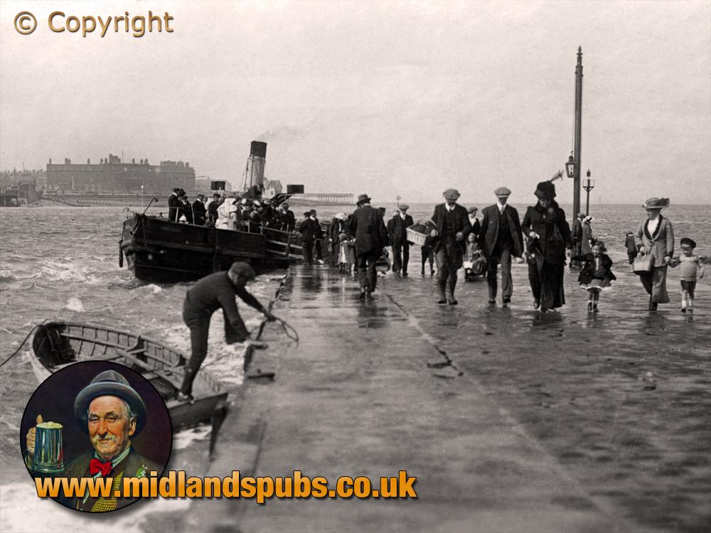 Lancashire : Knott End Pier and Ferry [c.1912]