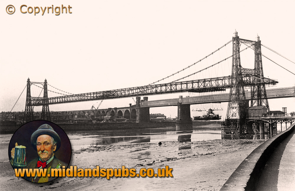 Lancashire : Widnes-Runcorn Transporter Bridge spanning the River Mersey and Manchester Ship Canal [c.1930]