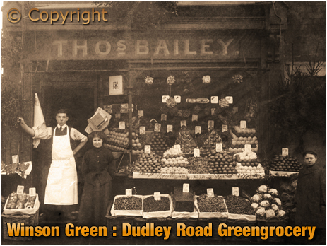 Birmingham : Thomas Bailey's Greengrocery Shop on Dudley Road at Winson Green [c.1905]
