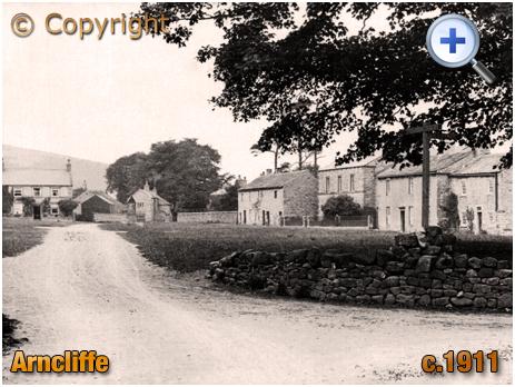 Yorkshire : Arncliffe Village in Littondale [c.1911]