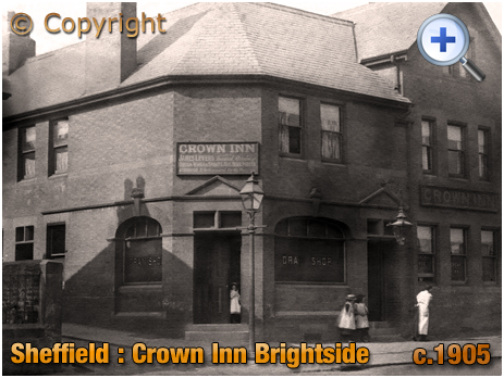 Yorkshire : The Crown Inn on Meadowhall Road at Brightside in Sheffield [c.1905]