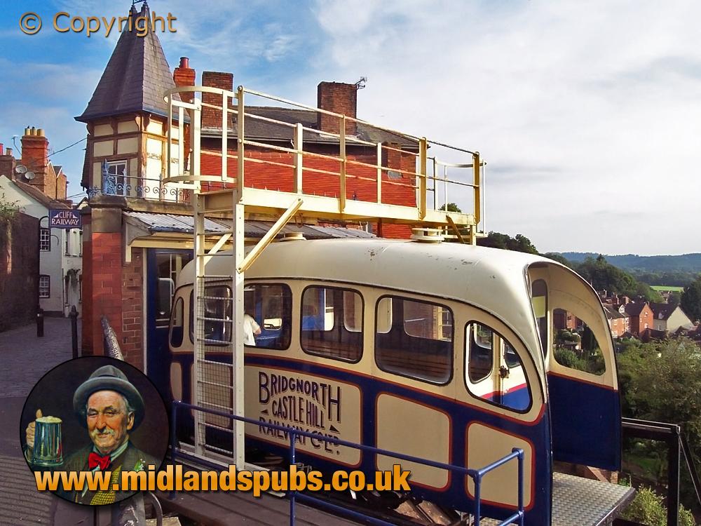 Bridgnorth : Cliff Railway [2005]