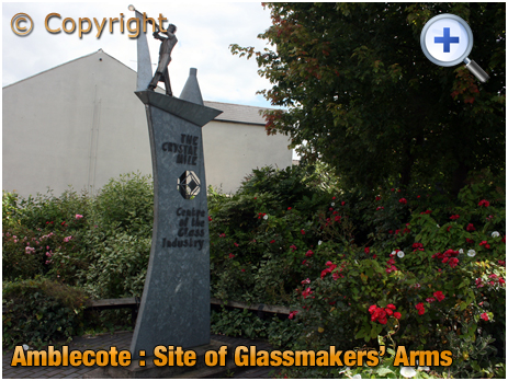 Amblecote : Glassblower Artwork on site of Glassmakers' Arms [2007]