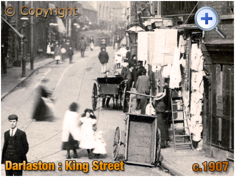 Darlaston : King Street featuring the Waggon and Horses [c.1907]