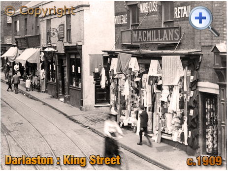 Darlaston : King Street featuring the Waggon and Horses [c.1909]