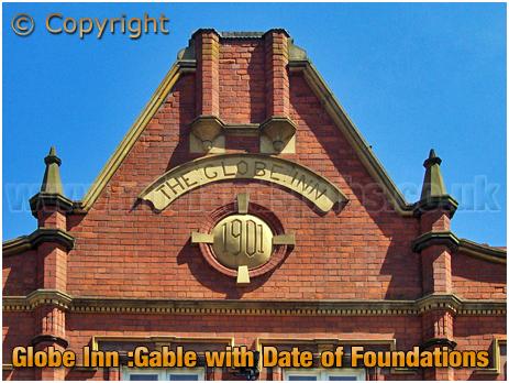 Tamworth : Dated Gable of the Globe Inn [2003]