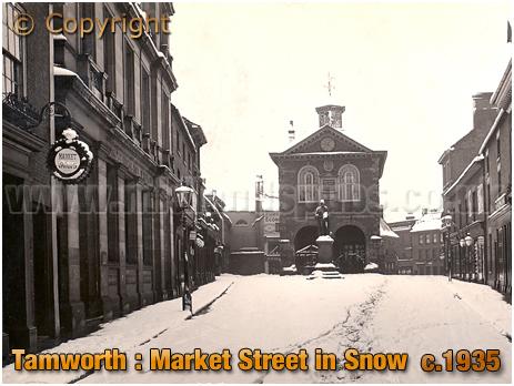 Tamworth : Market Vaults and Market Street in Snow [c.1935]