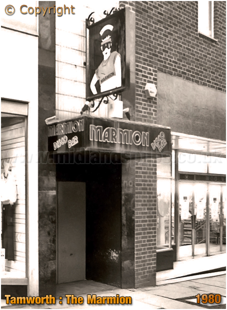 Tamworth : Entrance to The Marmion Disco Bar in George Street [1980]