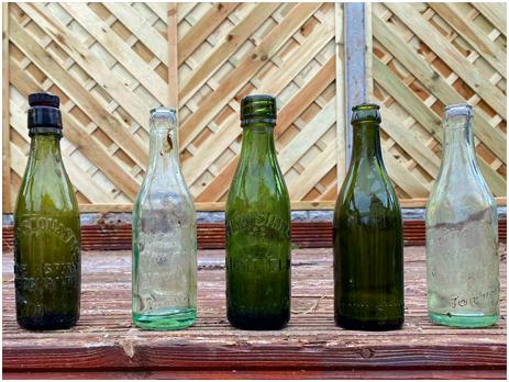 Tamworth : Bottles found by Dan Hatton in a garden at Mile Oak
