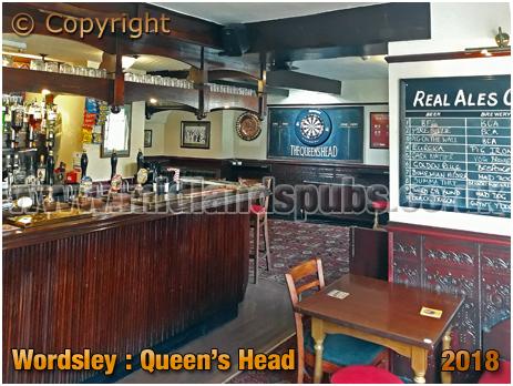Wordsley : Bar of the Queen's Head [2018]