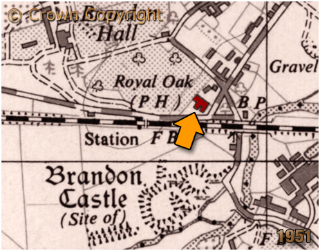 Map showing the location of the Royal Oak Inn at Brandon in Warwickshire [1951]