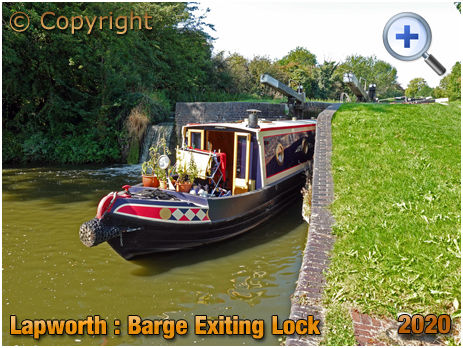 Lapworth : Barge Exiting Lock on Stratford-upon-Avon Canal [2020]