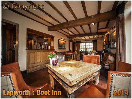 Lapworth : Interior of the Boot Inn [2014]