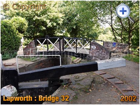 Lapworth : Bridge 32 on Stratford-upon-Avon Canal [2020]