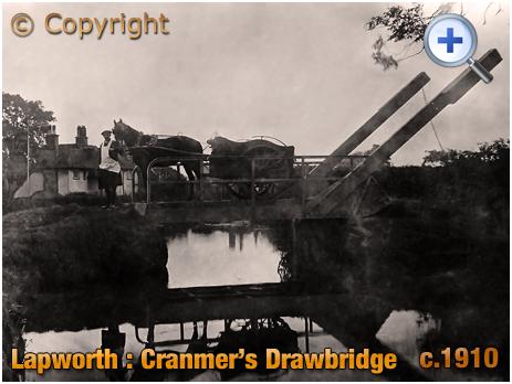 Lapworth : Cranmer's Drawbridge [c.1910]