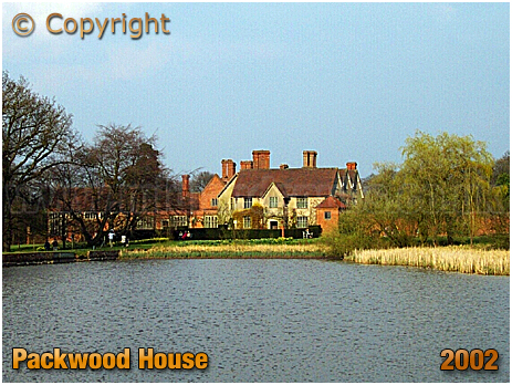 Packwood House and Moat [2002]