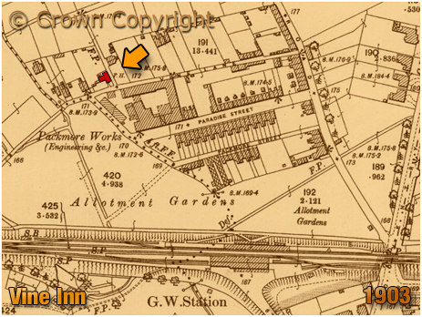 Warwick : Map extract showing the location of the Vine Inn at Packmores in Warwick [1903]