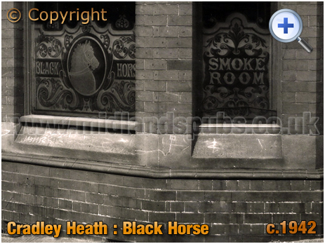 Cradley : Etched Glass at the Black Horse in Banners Lane at Overend [c.1942]