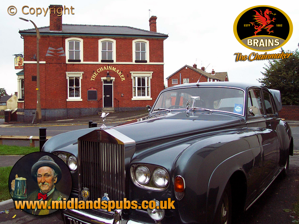 Cradley : Rolls Royce and The Chainmaker Public-House [2002]