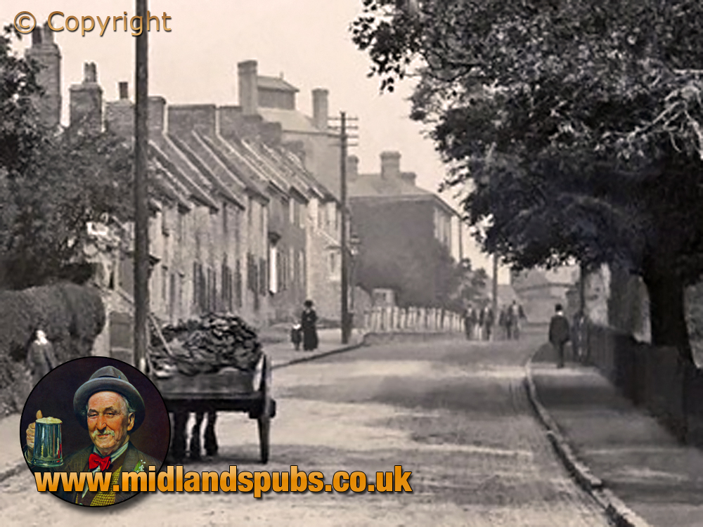 Cradley : Park Road Cottages and the brewery of William Oliver and Sons [c.1911]
