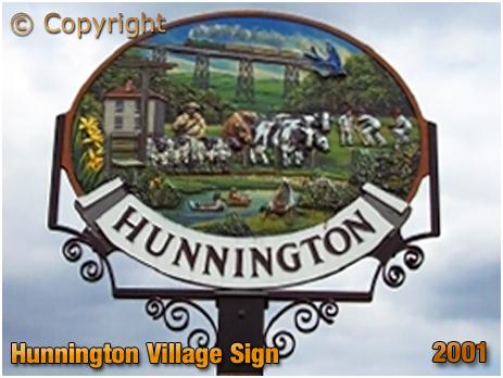 Hunnington : Village Sign [2001]