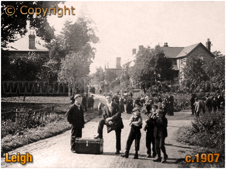 Leigh : Hop Pickers [c.1907]