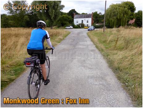Monkwood Green : Track to the Fox Inn [August 2016]