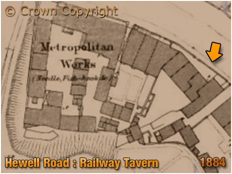 Redditch : Map extract showing the Railway Tavern on Hewell Road [1884]