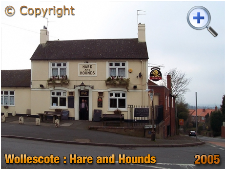 Wollescote : The Hare and Hounds at Careless Green [2005]