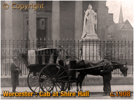 Worcester : Cab at Shire Hall [c.1908]