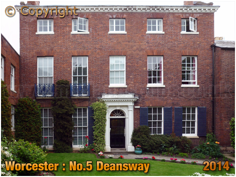 Worcester : No.5 Deansway [2014]
