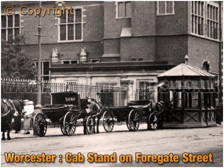 Worcester : Cab Stand on Foregate Street [c.1908]
