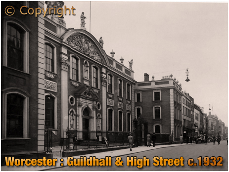Worcester : Guildhall and High Street [c.1932]