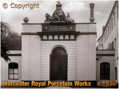 Worcester : Royal Porcelain Works [c.1910]