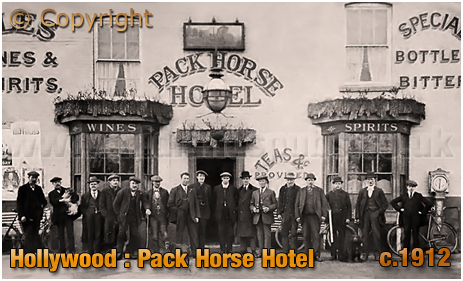 Wythall : Group photo outside the Pack Horse Hotel at Hollywood [c.1912]